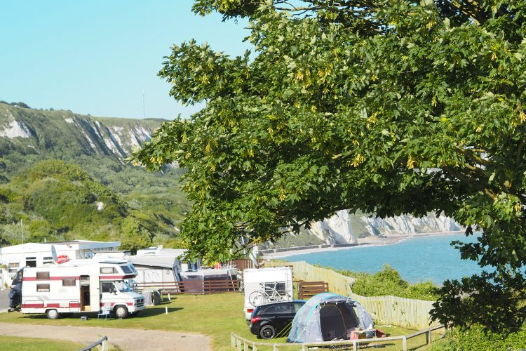 10 reasons to hire a motorhome this year